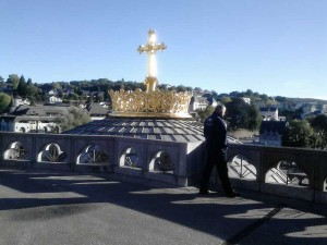 Conf Eveques de France 10 nov Lourdes 12 oct 2013