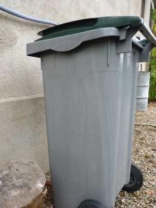conteneur ordures menagères 5 nov 2013 001