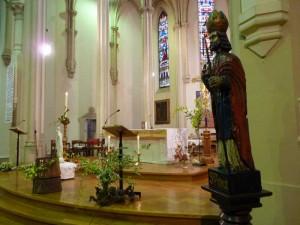 Carmaux servants autel 1er mai  2015  (2)